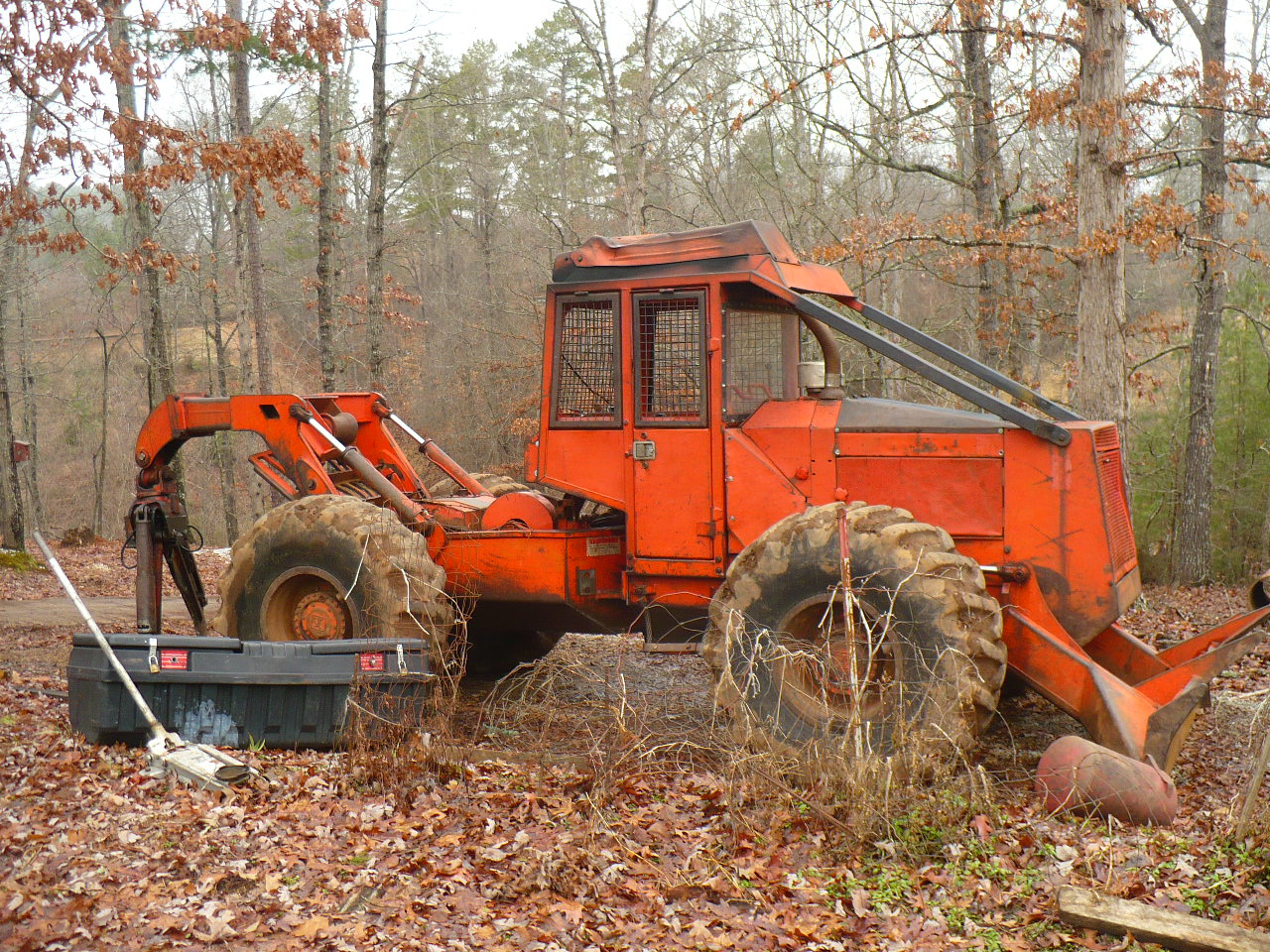 Equipment :: 350 Timberjack Skidder :: Lanier Equipment